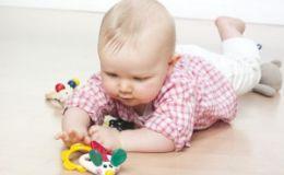 Как развивать грудничка в возрасте от 3 до 6 месяцев?