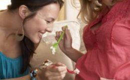 Новогоднее меню для будущей мамы: три важных правила