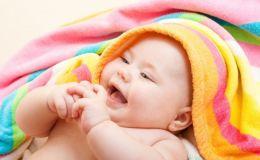 Уход за ребенком: чем опасны для детей влажные салфетки