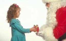 ШОК! Санта Клаус проверяет детей на детекторе лжи