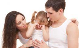Ребенок-нытик: чем вызвано такое поведение у детей?