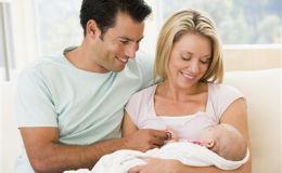 Почему рождение ребенка откладывают. Новое исследование