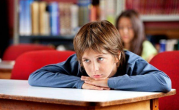Ученые рассказали, почему детям нельзя платить за хорошие оценки