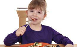 Зачем ребенку есть мясо