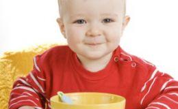 Чем кормить малыша в дороге?