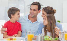 Как научить ребенка понимать других людей и считаться с ними?