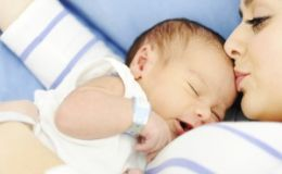 Педиатры составили новые правила по уходу за младенцами