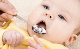 Питьевой режим грудничка: как правильно допаивать малыша?