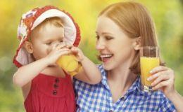 Соки в пакетах: чем они полезны для детей?