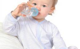 Малыш и вода: пить или не пить?