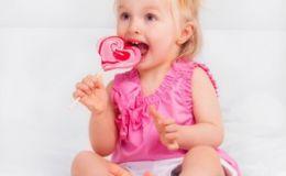 Сладости для ребенка: дать нельзя отказать?