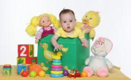 Топ-4 полезные игрушки для малыша