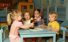 Психологи: дети должны играть самостоятельно