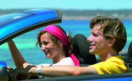 Психологи: недолгие разлуки полезны для пары