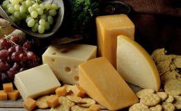 Твердый сыр в рационе ребенка: как давать, чтобы он принес пользу