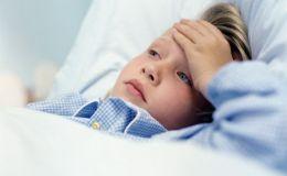 Пищевое отравление опасно для ребенка: первая помощь