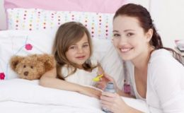 Исследование: у работающих мам дети чаще страдают от избыточного веса