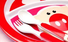 Первые прикормы — как правильно выбрать первую посуду для ребенка?