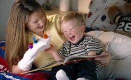 Двухлетний ребенок мало говорит. Как помочь ребенку?