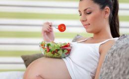 Нужно ли есть за двоих во время беременности?