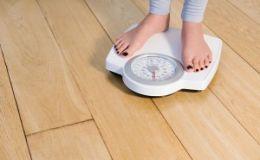 Вес человека может меняться в зависимости от дня недели