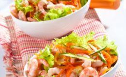Салат с креветками и грецкими орехами