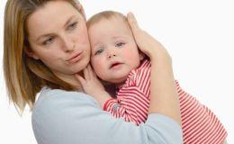 Булавка от «сглаза»: во Львове спасли ребенка с булавкой в пищеводе