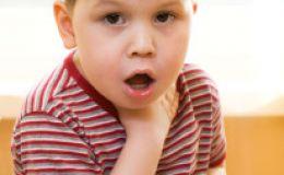 Почему ребенку больно глотать?