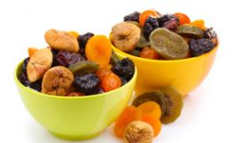 Польза сухофруктов в детском питании