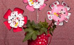 Хенд мейд: цветы ко Дню Влюбленных от Микки и Минни