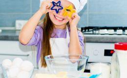 Чем занять ребенка на кухне: 12 потрясающих идей для творчества!