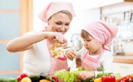Топ-3 самых опасных места на вашей кухне по мнению микробиолога