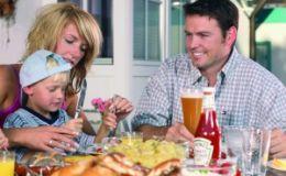 Фаст-фуд — можно ли разрешать ребенку такое питание?