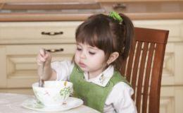 Каши в меню ребенка — как быть, если малыш их не любит?