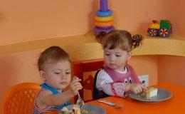 Правильное питание — формирование здоровых пищевых привычек у детей 9-12 месяцев