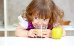 Избыточный вес у ребенка — как правильно кормить малыша с лишним весом