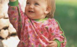 Развитие ребенка до года — что понимает малыш?