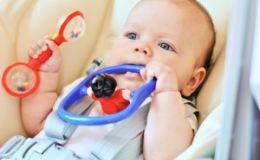 Развитие ребенка до года — зрительное внимание