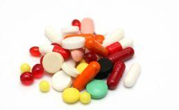 Чем опасны антибиотики для детей?