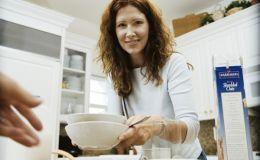 Безопасность ребенка на кухне: как обустроить место вокруг мойки