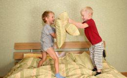 Почему важно вовремя укладывать ребенка спать?