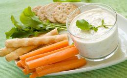 Почему при кормлении грудью нельзя отказываться от сырых овощей и фруктов