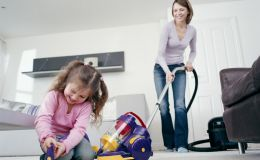 Как убирать в доме, где есть ребенок