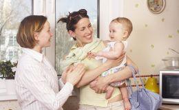 Кому мы доверяем наших детей: украинская элитная няня избивала малыша