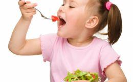 Как сделать, чтобы ребенок полюбил школьный завтрак