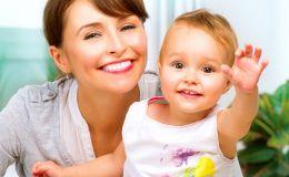 Дитя прогресса: девочке, рожденной от трех родителей, исполнился годик