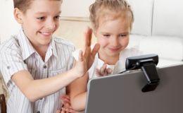 Дети и социальные сети. Мнение известных мам