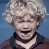 Пора поговорить об этом: вирусные видео детских истерик возмущают интернет пользователей