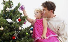 Как украсить новогоднюю ёлку, если в доме ребенок