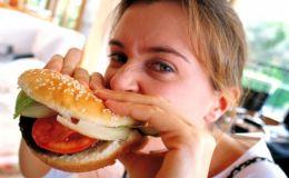 Почему беременным нельзя питаться фастфудом